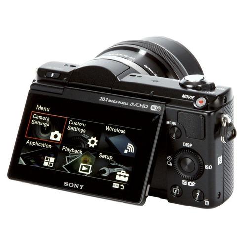 Cámara Compacta Sony α5000 20.1 MP con montura tipo E y sensor APS-C Negro